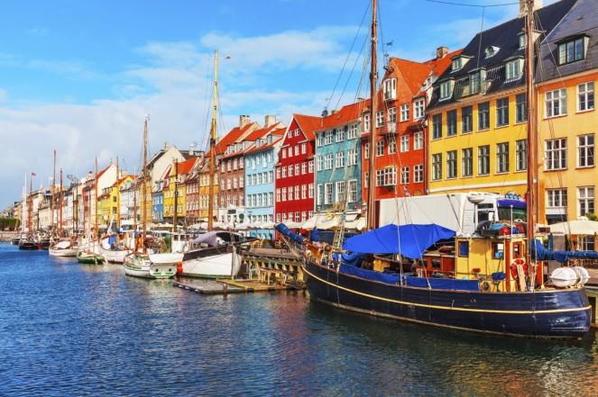 Denmark-Copenhagen-1400x933